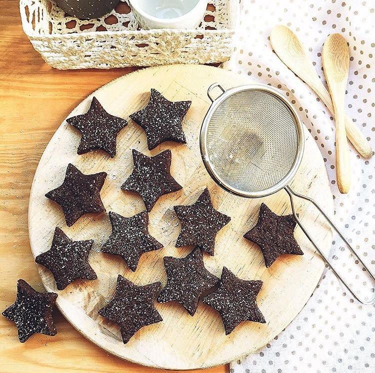 biscotti al cacao e farina di nocciole