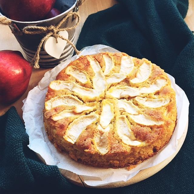 torta di mele gluten free con farina di mais