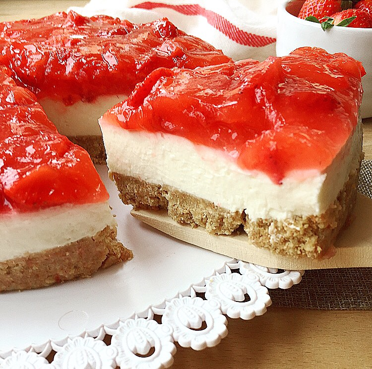 cheesecake alle fragole senza panna