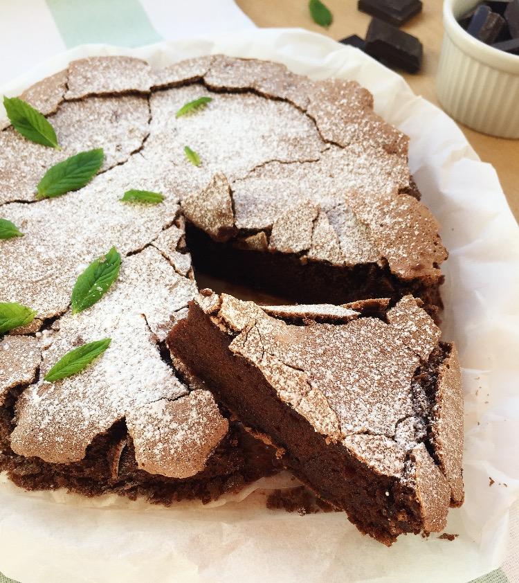 torta al cioccolato fondente e menta