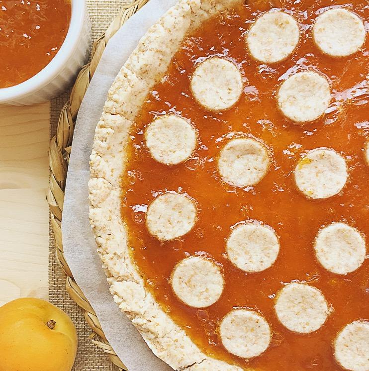 crostata vegana con marmellata di albicocche