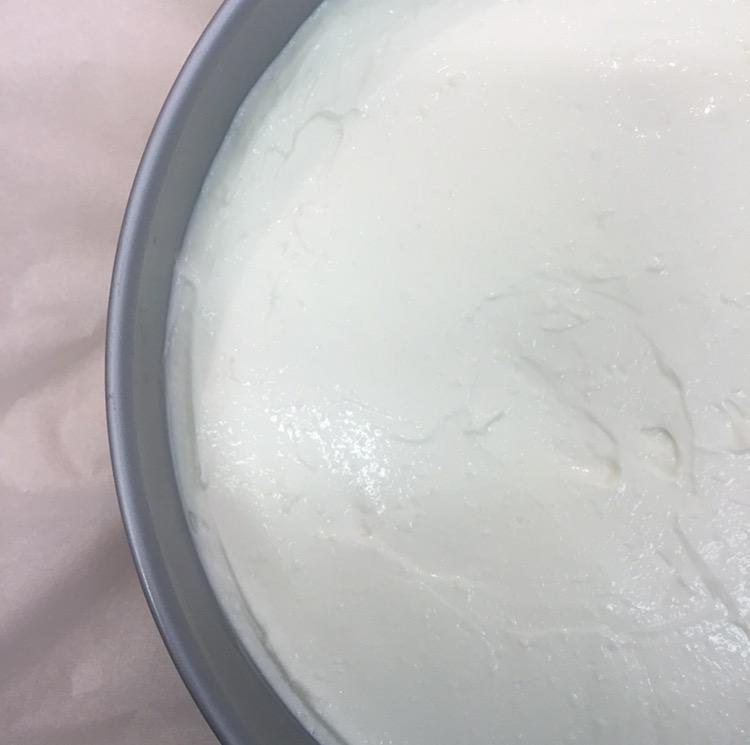 cheesecake alle pesche e vaniglia senza panna