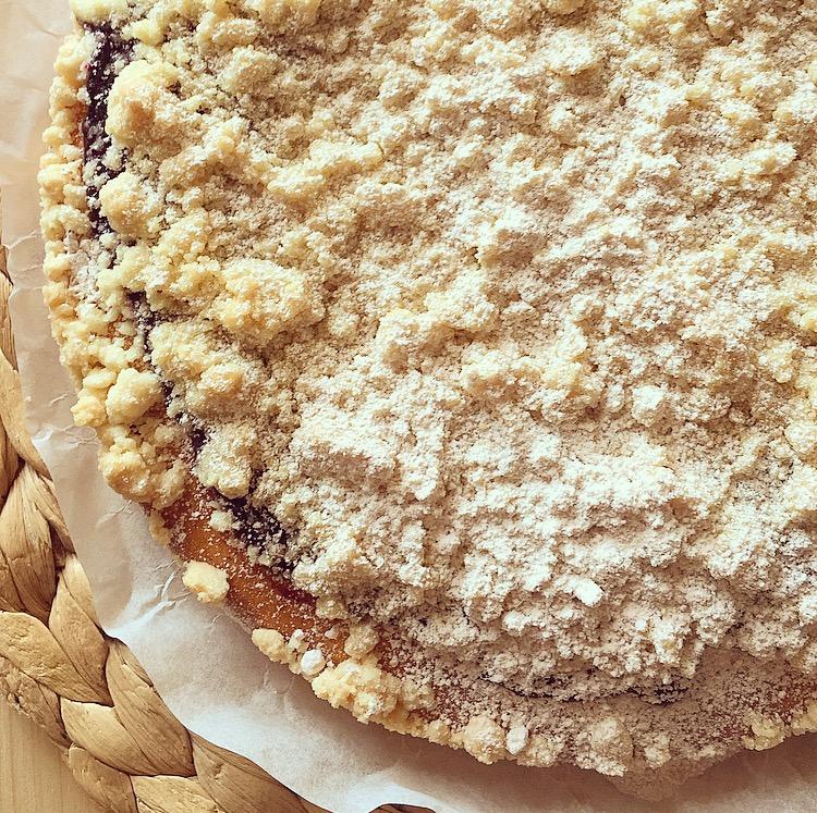 Torta crumble con marmellata di mirtilli