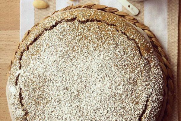 Torta di grano saraceno con confettura bigusto