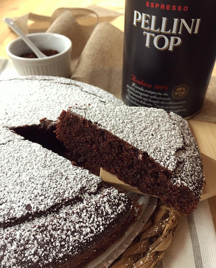 torta soffice al cacao e caffè