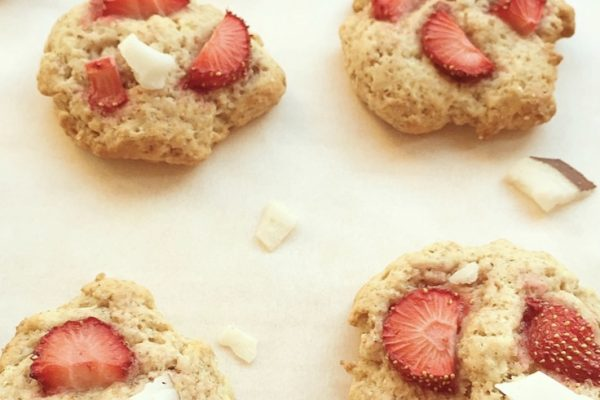 Cookies morbidi semi integrali alle fragole