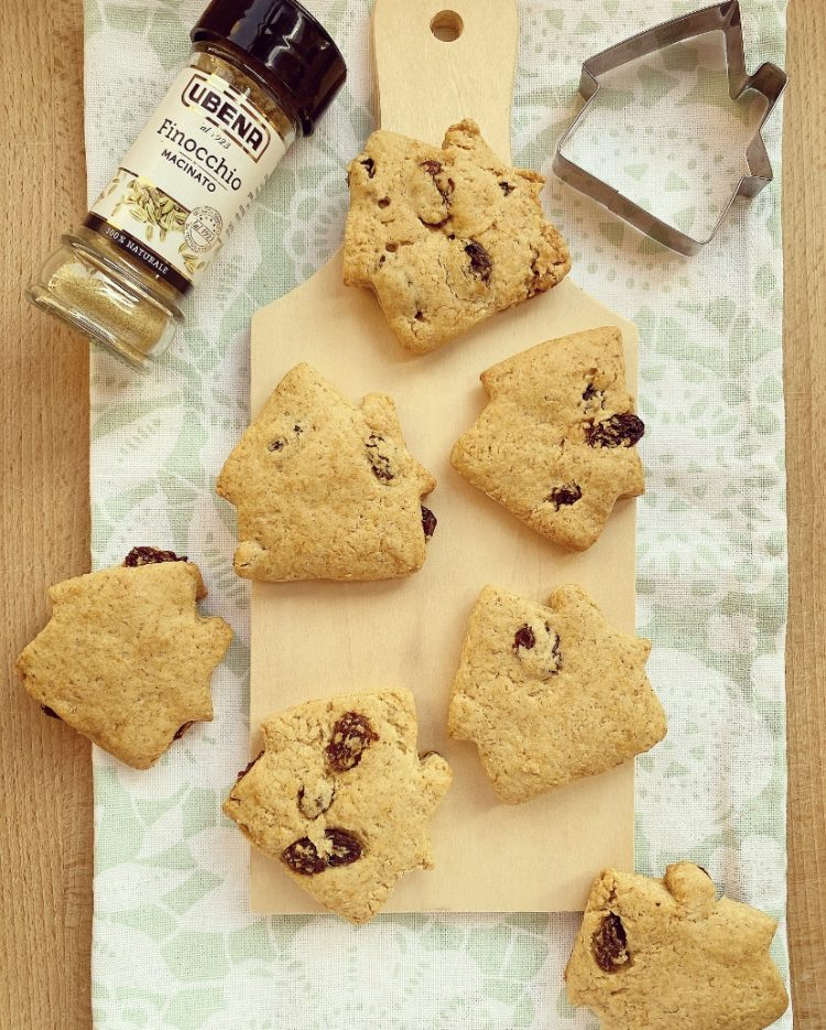 Biscotti all'anice, finocchio e uvetta