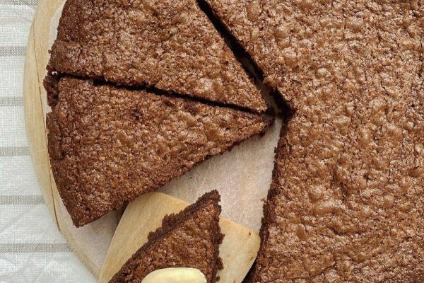 torta al cioccolato con farina di mandorle