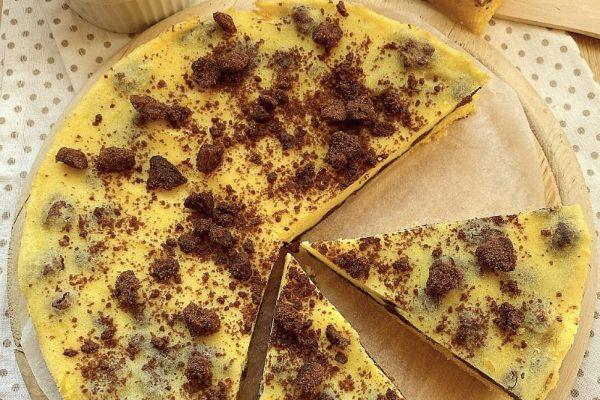 Torta versata con ricotta arancia e biscotti