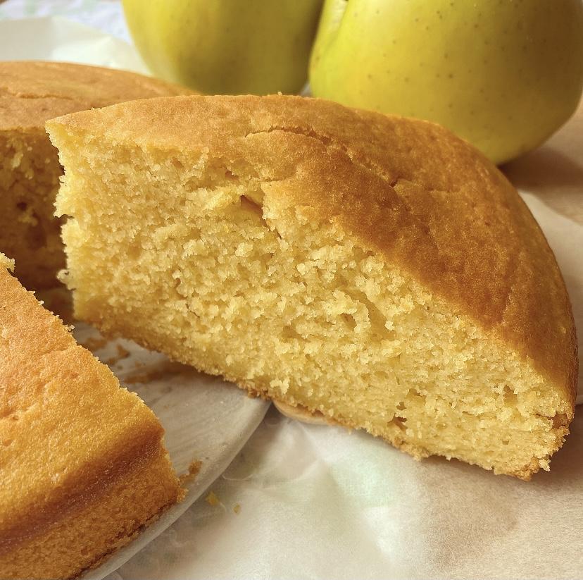 Torta di mele frullate soffice e senza burro
