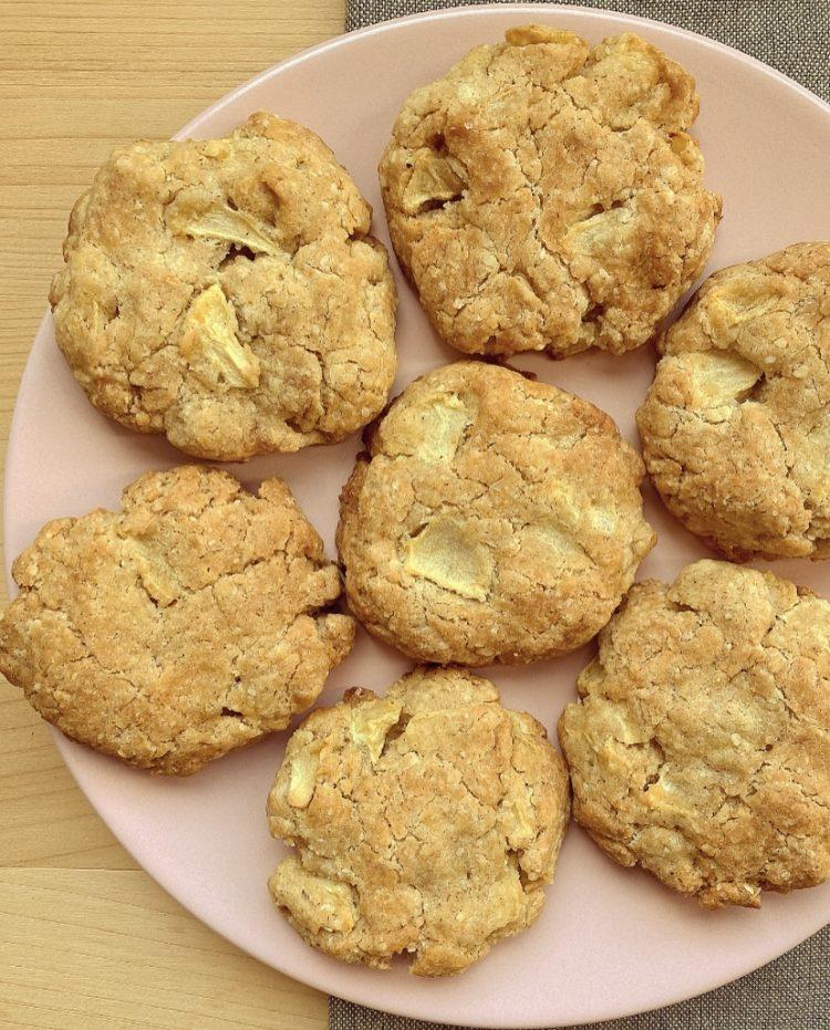 biscotti alle mele e mandorle
