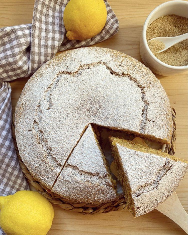 Torta integrale al limone senza burro