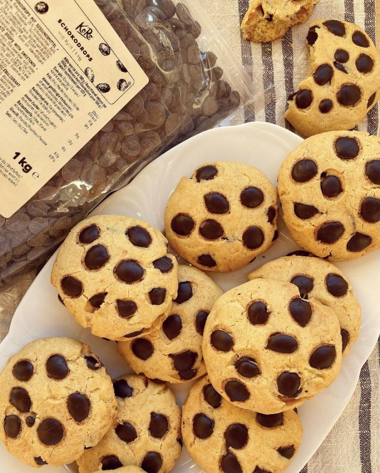 Cookies al farro e gocce di cioccolato
